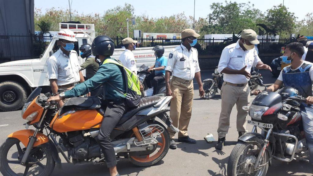 Photos: Cops start implementing lockdown in Telangana