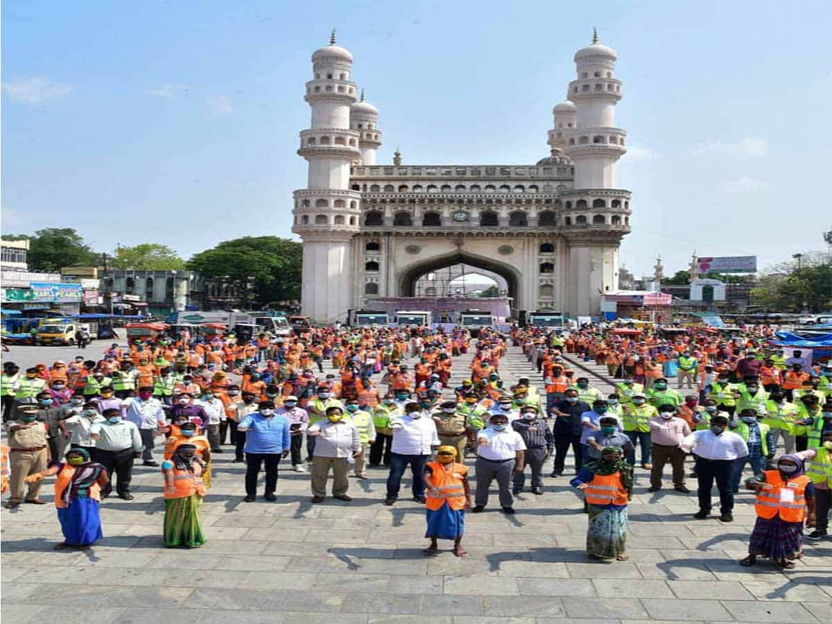 GHMC to pay full salary to sanitation workers hit by COVID-19