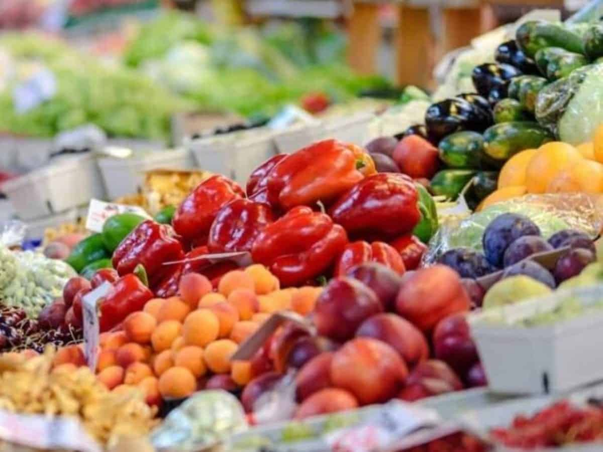 Hyderabad: Prices of vegetables, eggs soared in city markets since lockdown