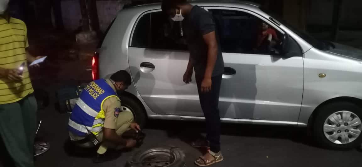 Hyderabad Lockdown: Cops help stranded family catch train
