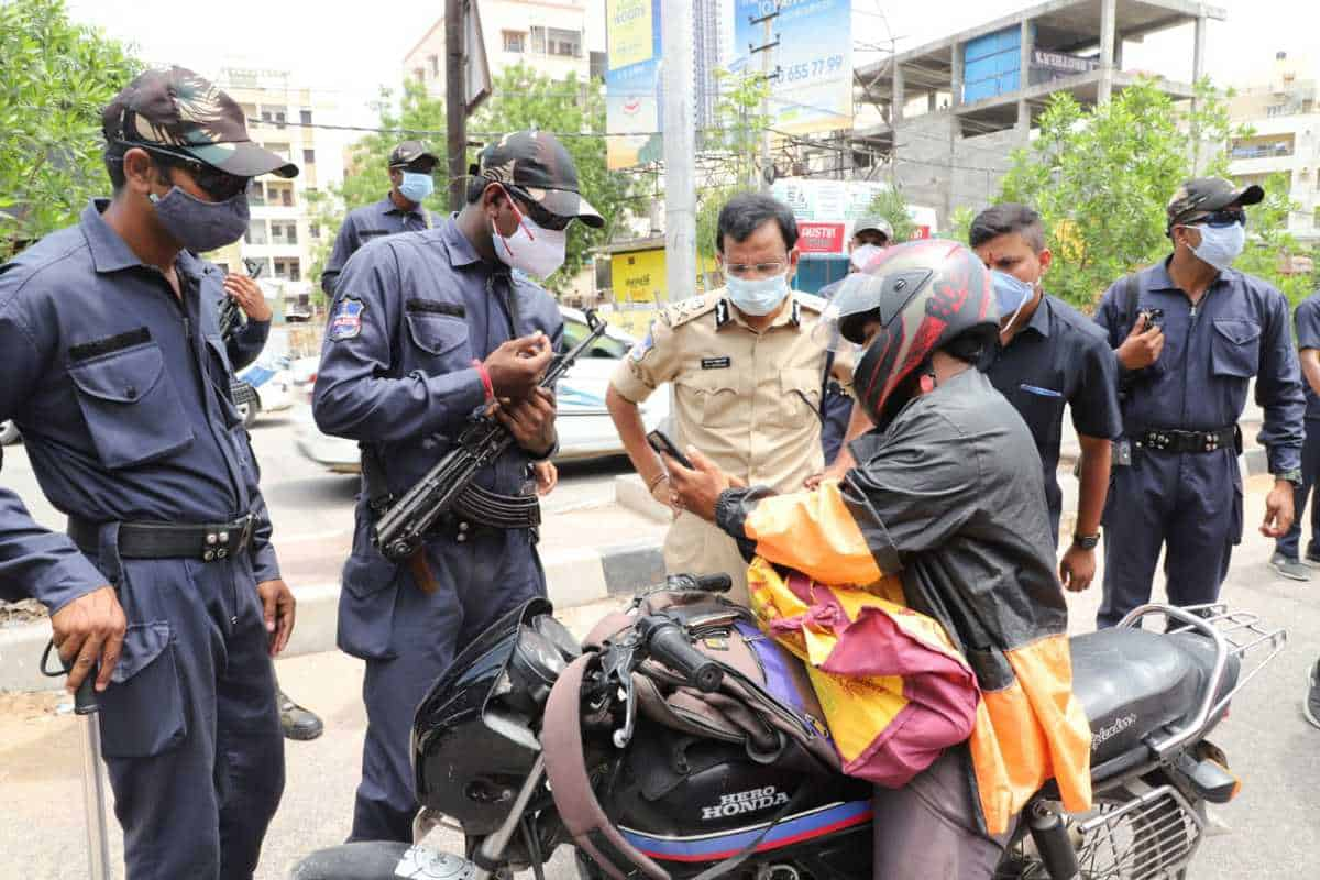 Lockdown: Cyberabad police intimidating hotel staff, TSHA to KTR