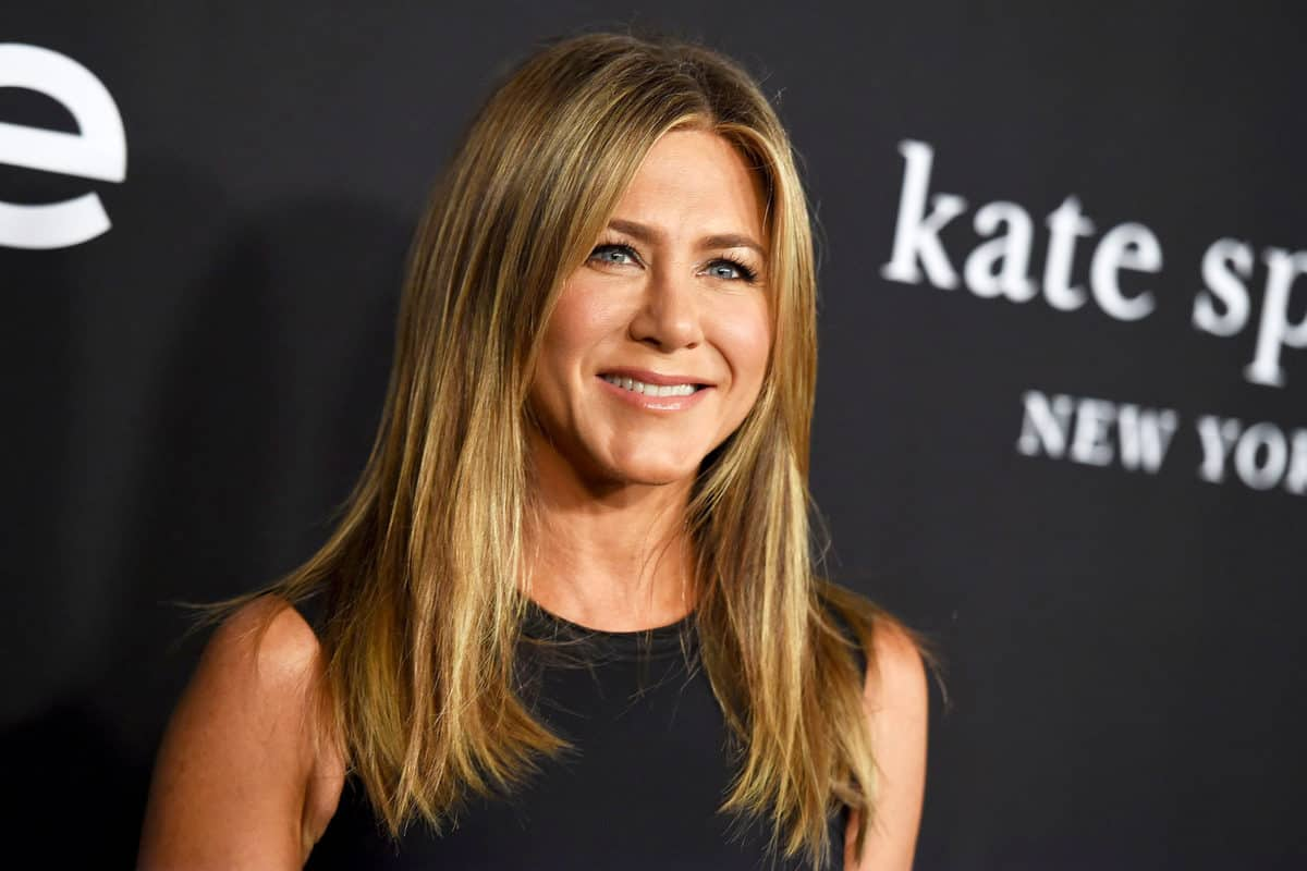 Jennifer Aniston urges fans to help India tackle COVID-19 crisis