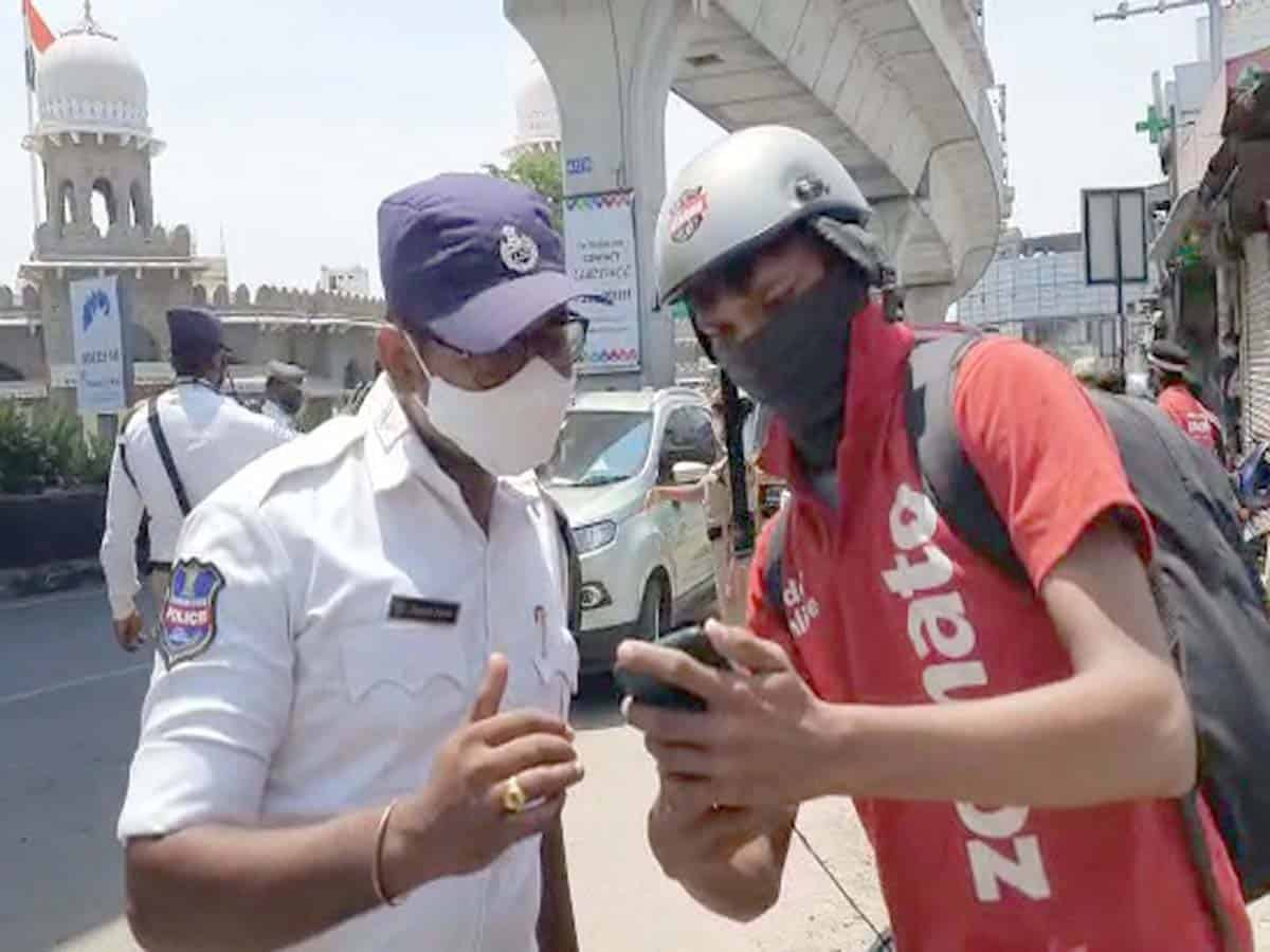 Swiggy,Zomato services affected, as cops detain delivery boys vehicles