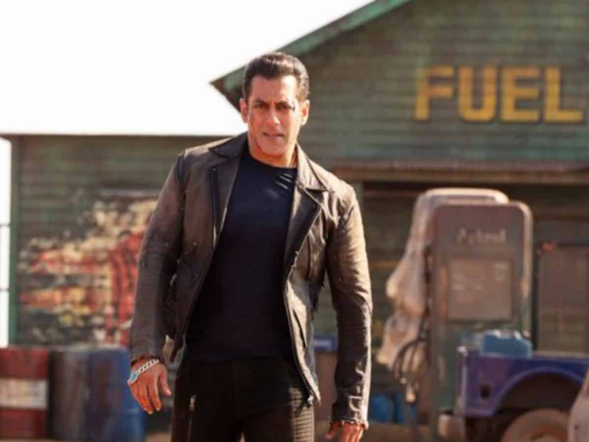 Salman Khan urges fans to not watch 'Radhe' on sites streaming it illegally