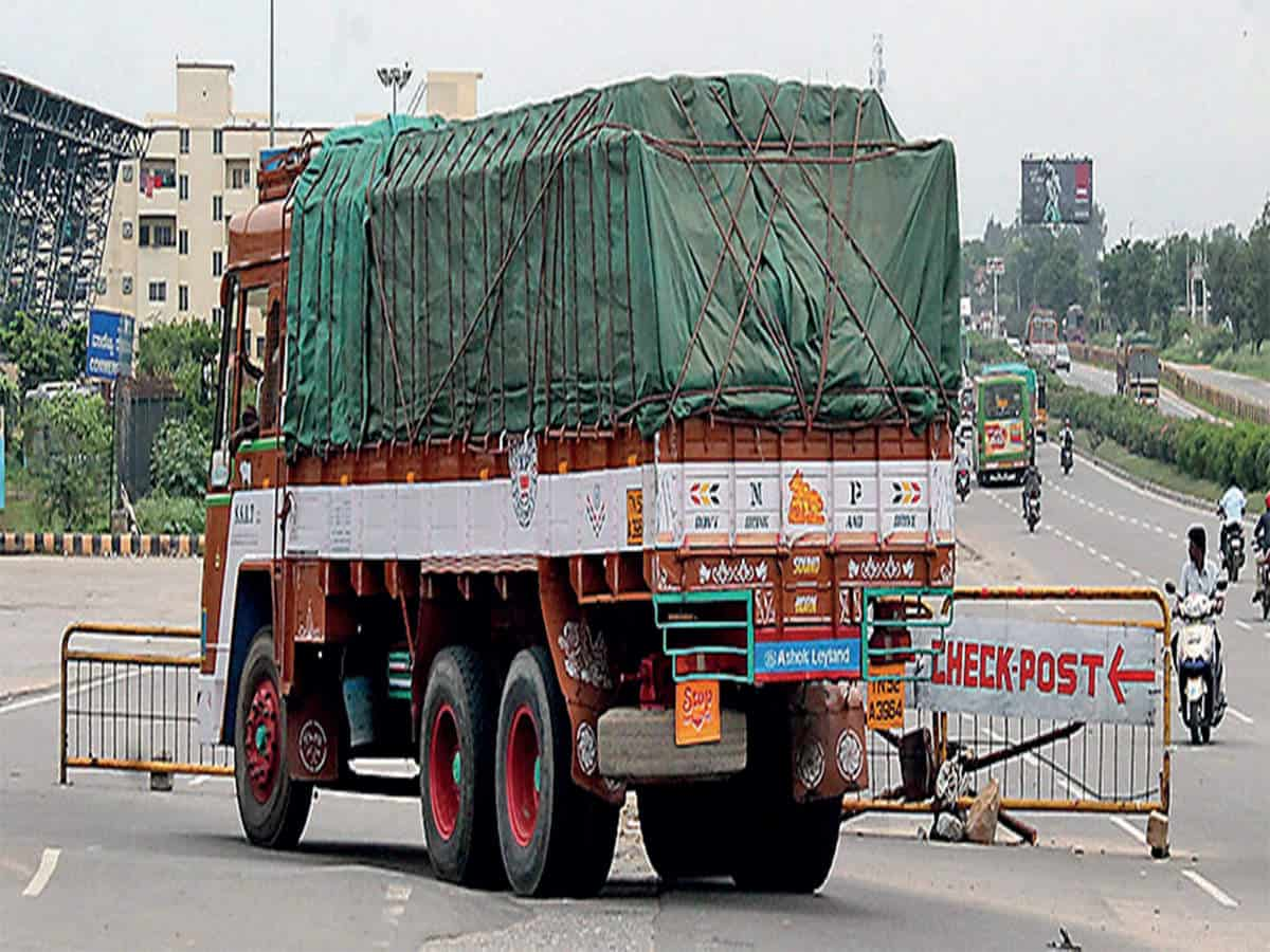 Police prohibits goods vehicle movement during day time in GHMC