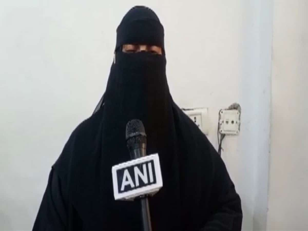 Hyderabad woman seeks help from govt to locate her husband in Qatar