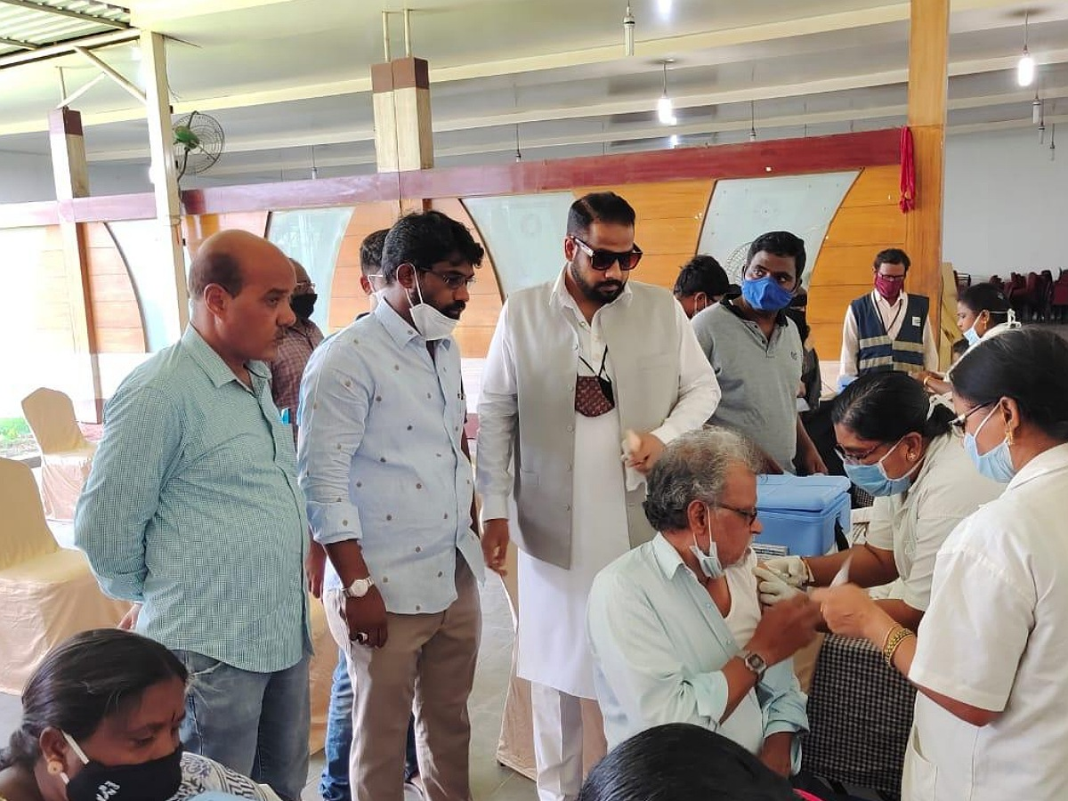 COVID-19: Hyderabad's Sakina Foundation helps thousands get vaccinated