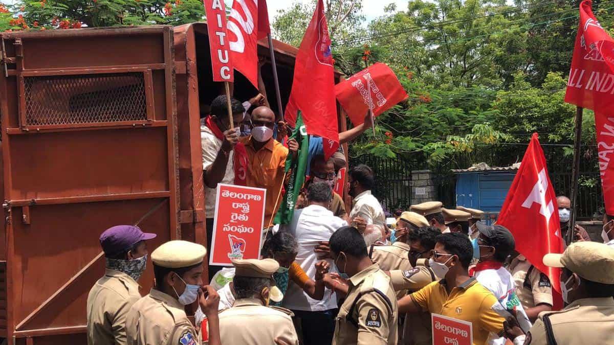 Hyderabad: Cops foil AIKSCC's 'Chalo Raj Bhavan' protest