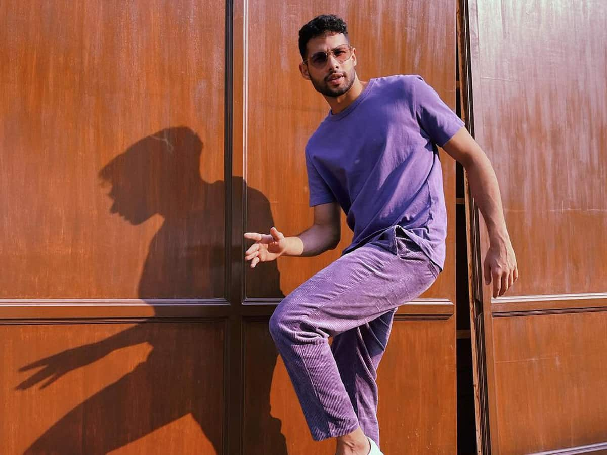 Siddhant Chaturvedi shows off his dance moves in latest post