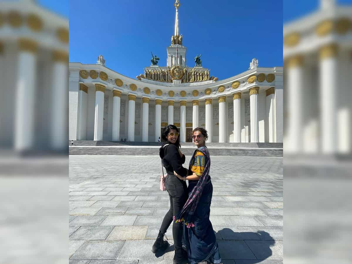 Taapsee Pannu channels her love for saree in Moscow