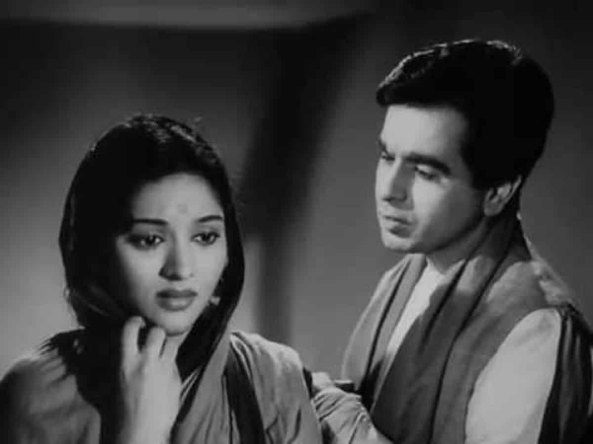 Dilip Kumar shares iconic scene from cult classic 'Devdas'