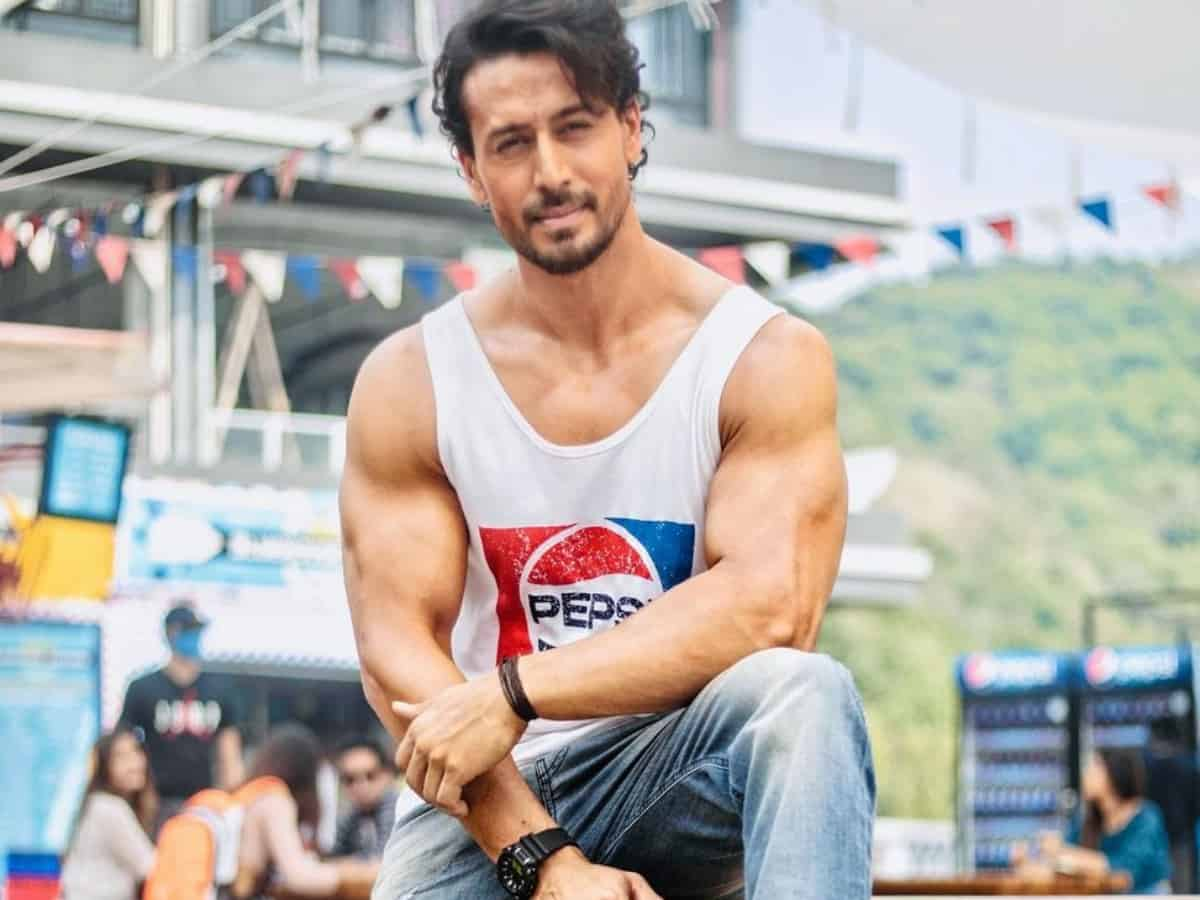 Tiger Shroff showcases chiseled jawline, ripped shoulder in latest Insta post
