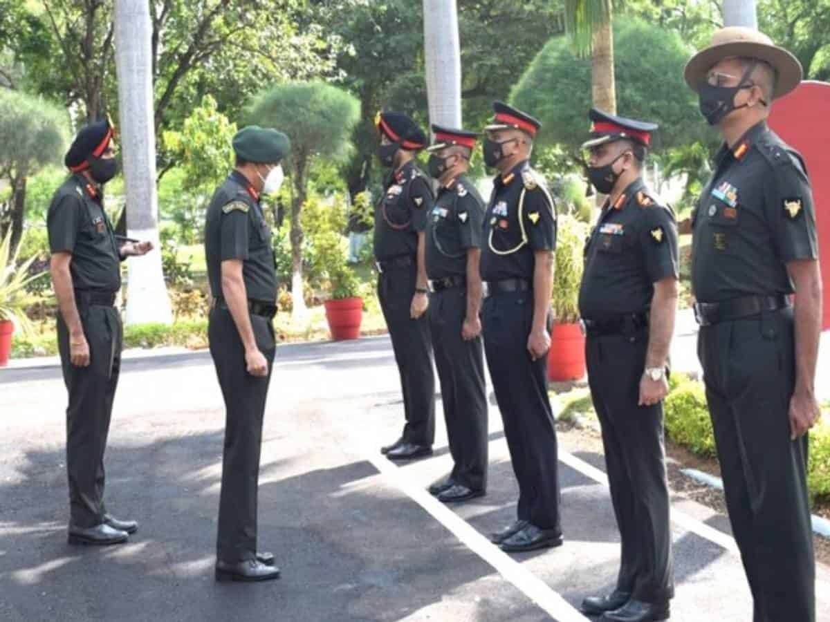 GOC Sudarshan Chakra Corps visits Secunderabad Military Station to review Bison Division