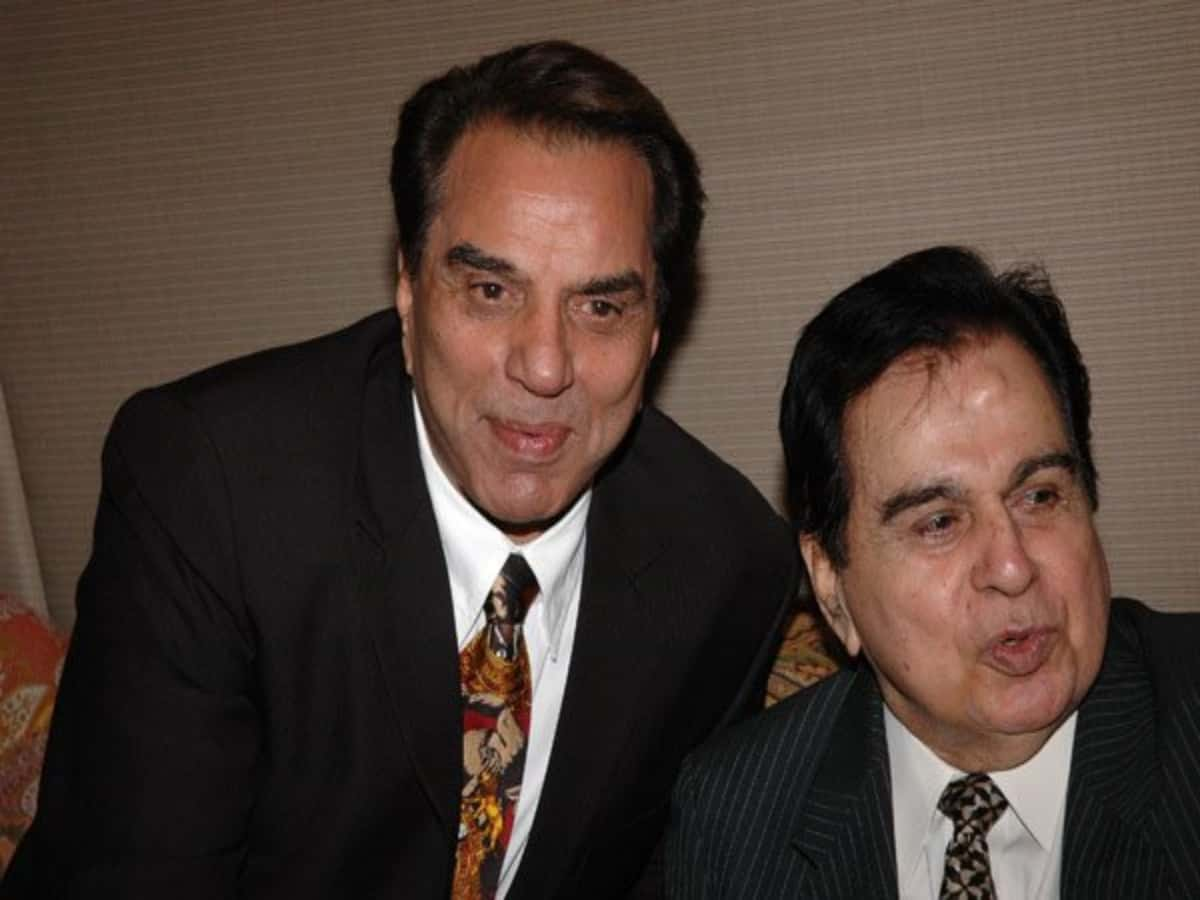 Dharmendra pays emotional tribute to late legend Dilip Kumar