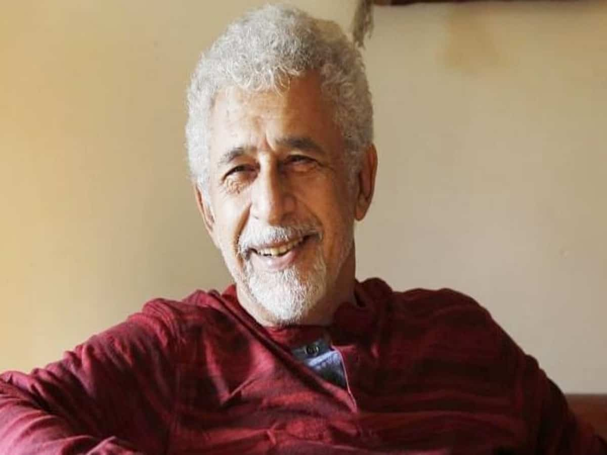 Naseeruddin Shah discharged from hospital, see photos