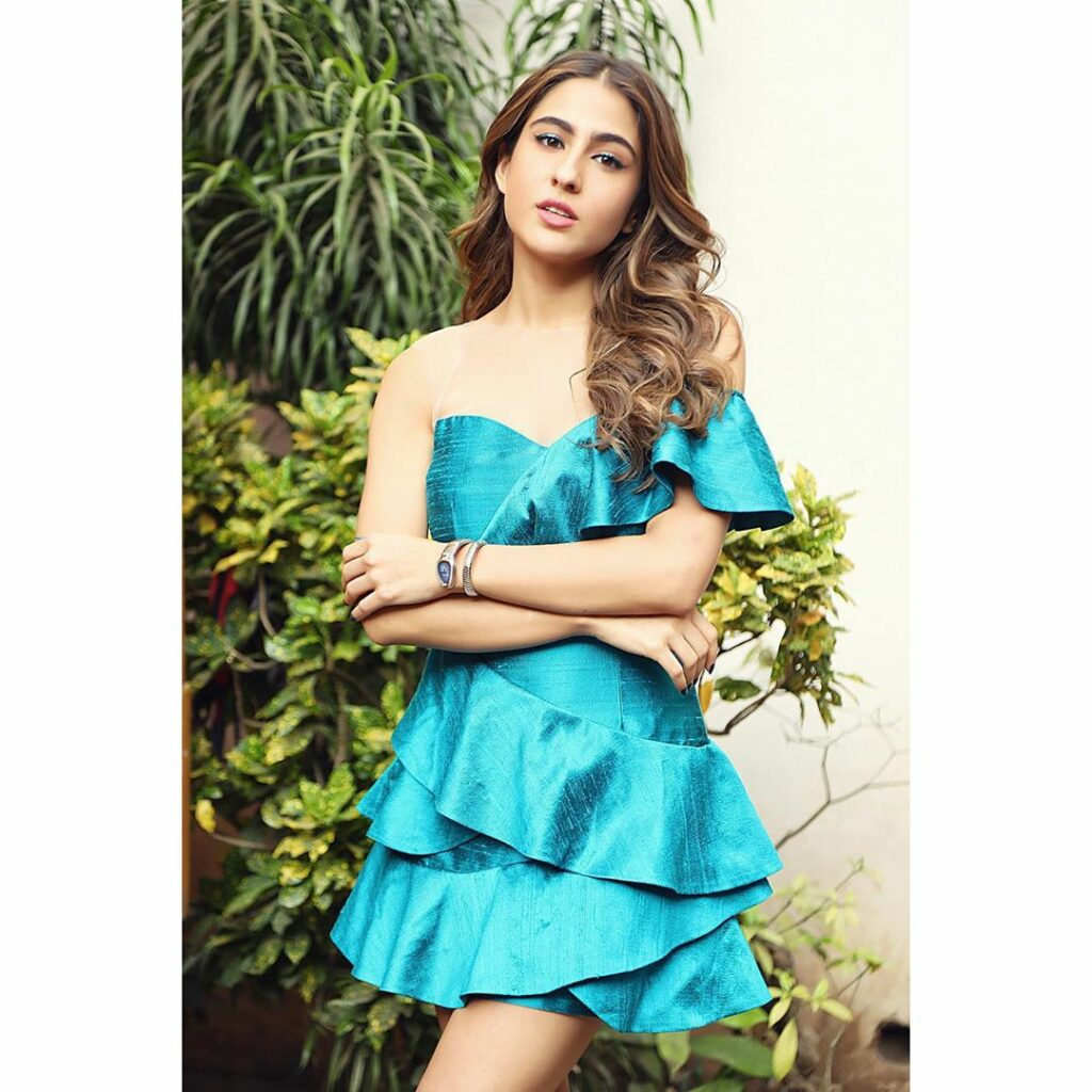At 26, Sara Ali Khan has HUGE net worth & owns extremely expensive things
