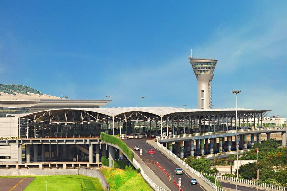 Daily passenger volume triples at Hyderabad airport