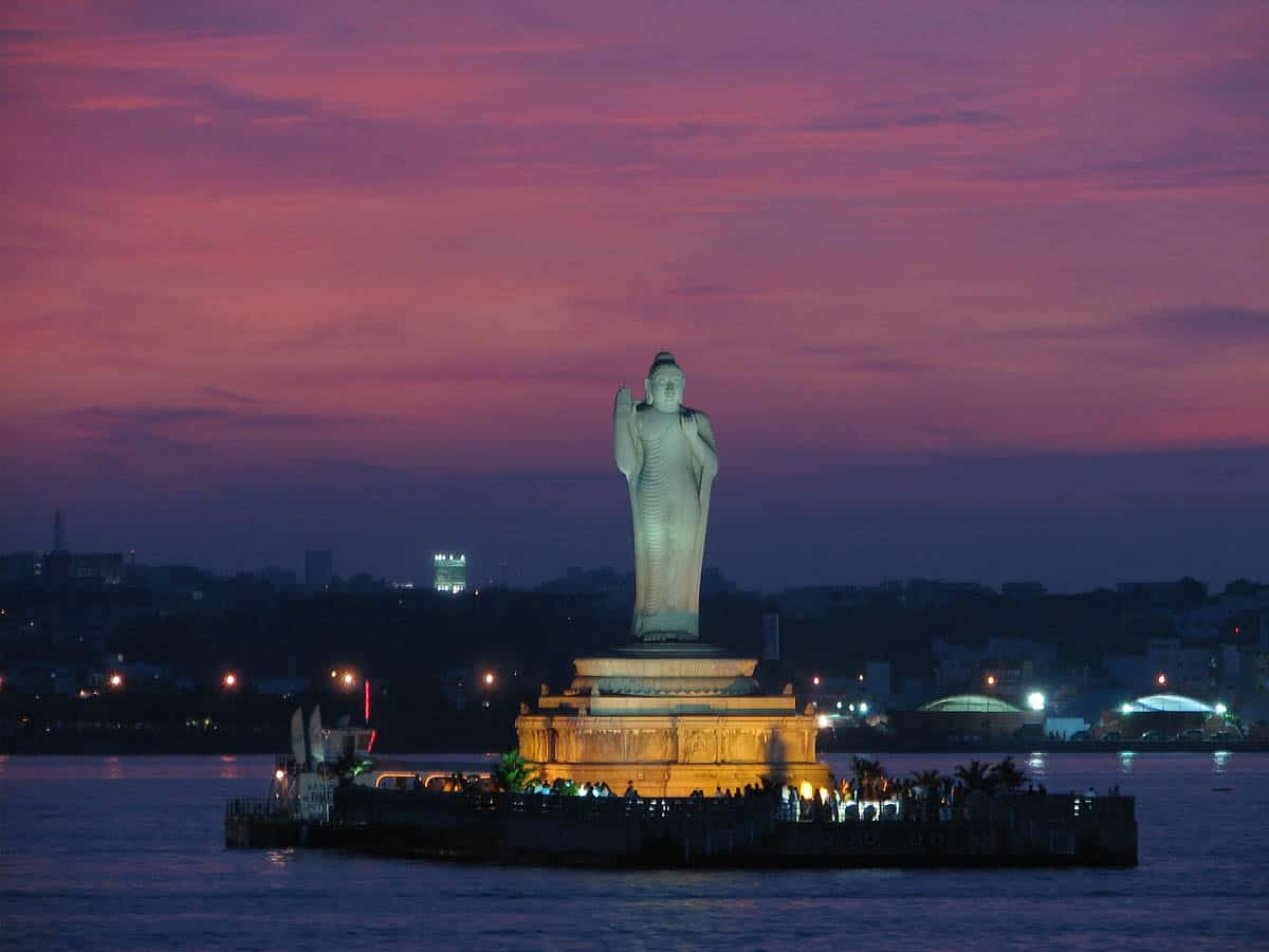 Hyderabad: Tank bund facelift to attract tourists
