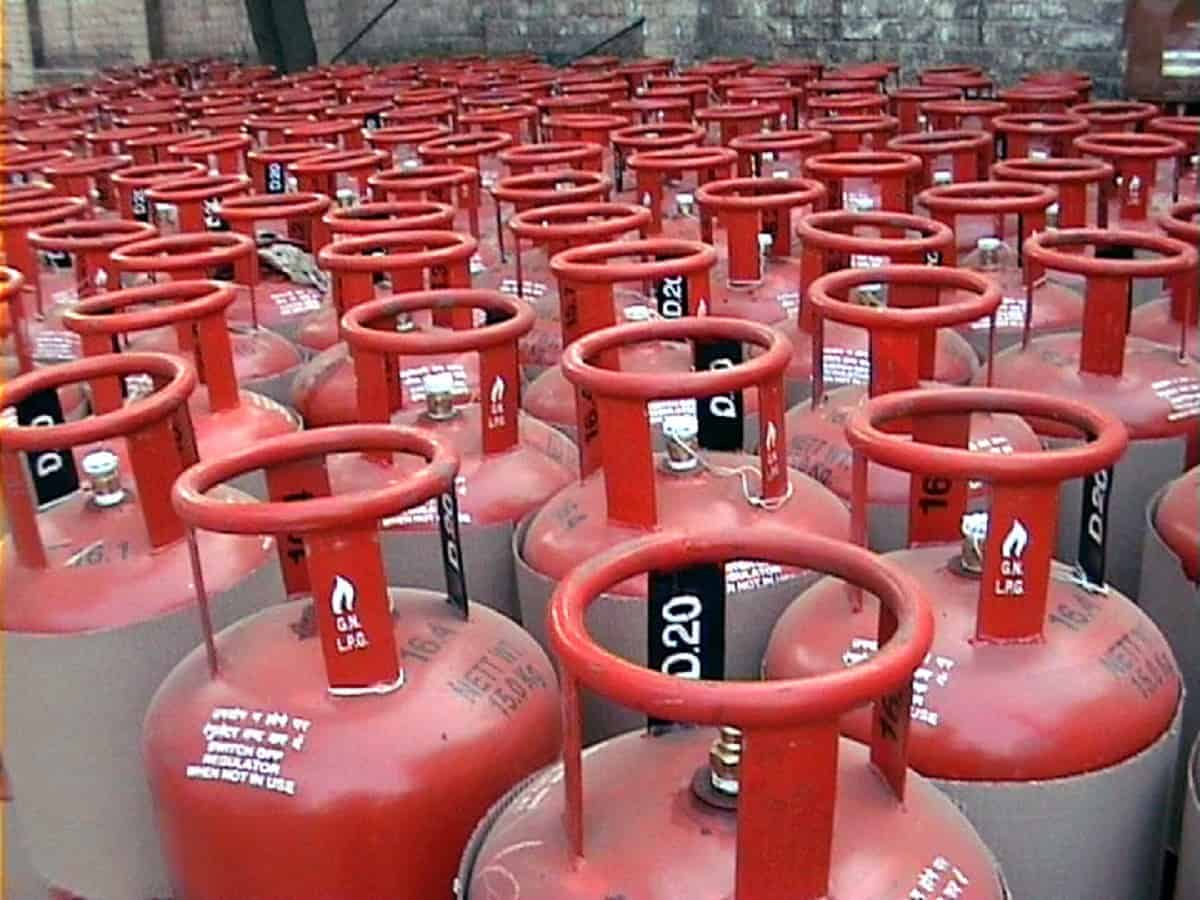 LPG price hiked, to cost Rs 25 more in Hyderabad