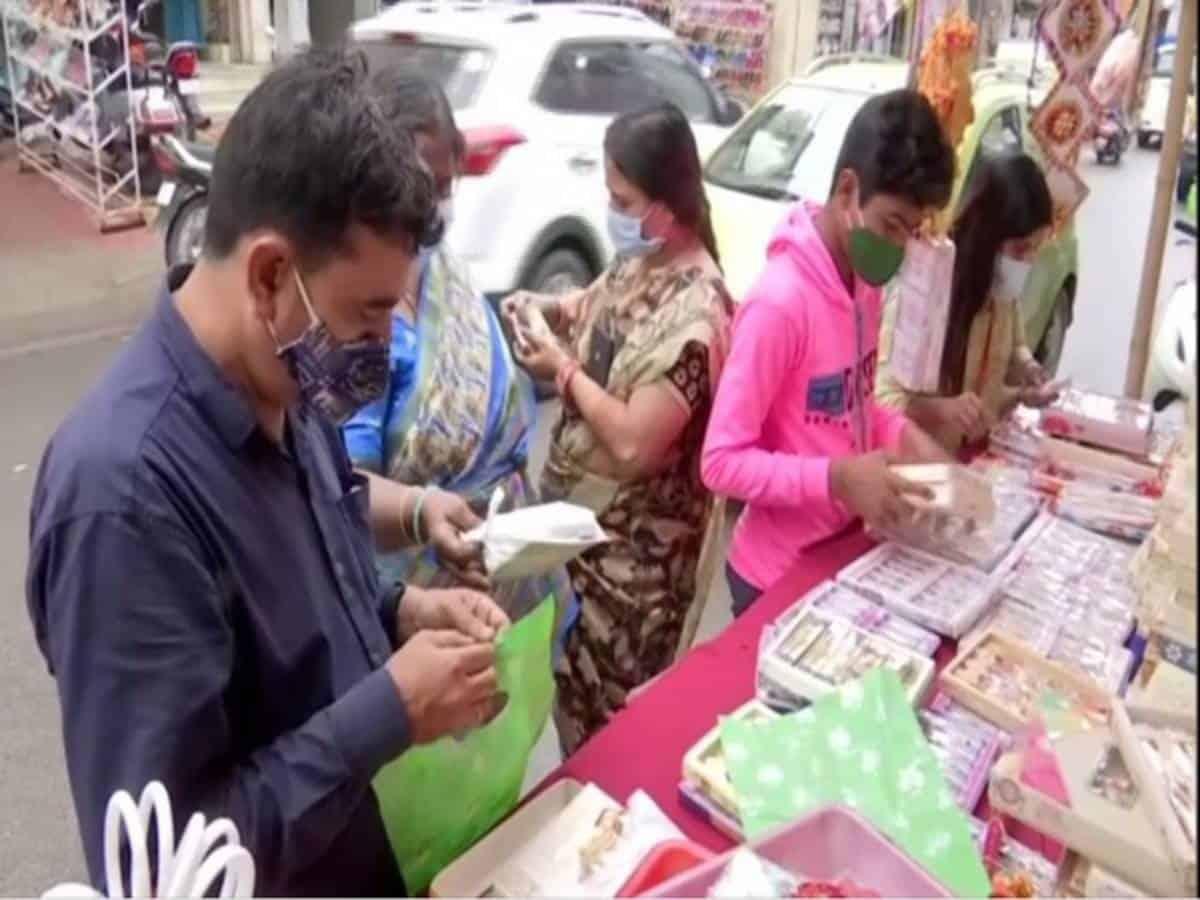 Hyderabad markets decked up ahead of Raksha Bandhan
