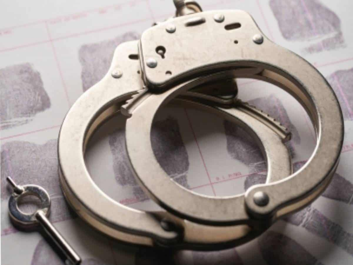 Serial burglar caught after attempting to sell stolen wares