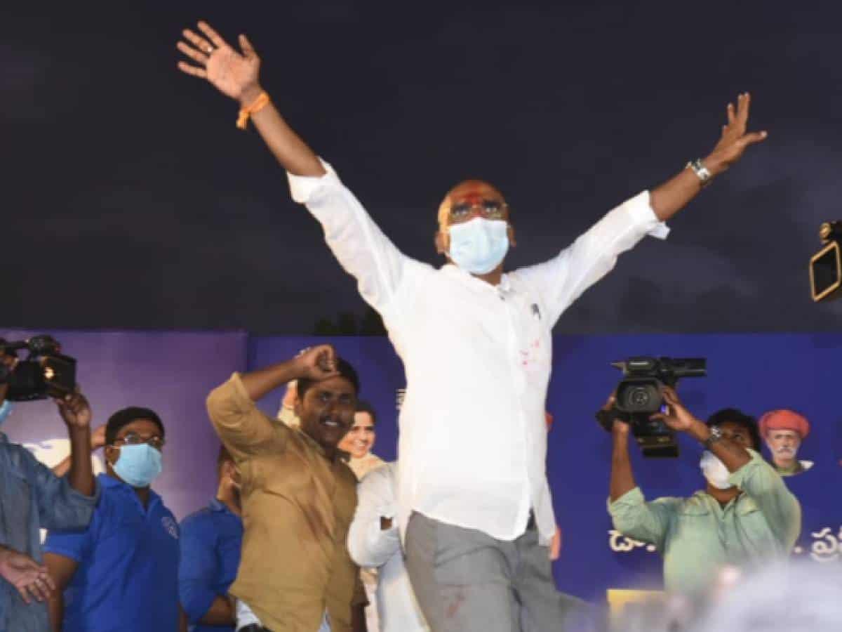Telangana BSP leader Praveen Kumar tests positive for COVID-19