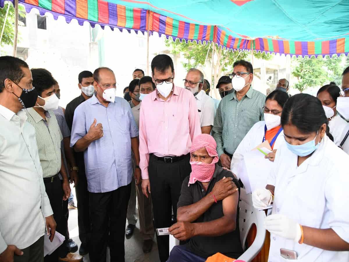 Special vaccination drive: CS Somesh Kumar visits centre at Uppuguda