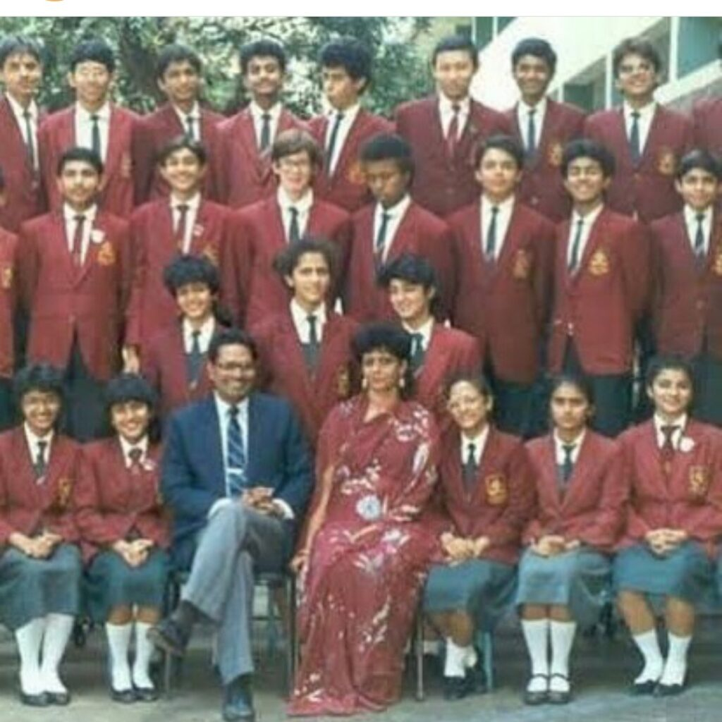 Twinkle Khanna shares throwback photo from school days