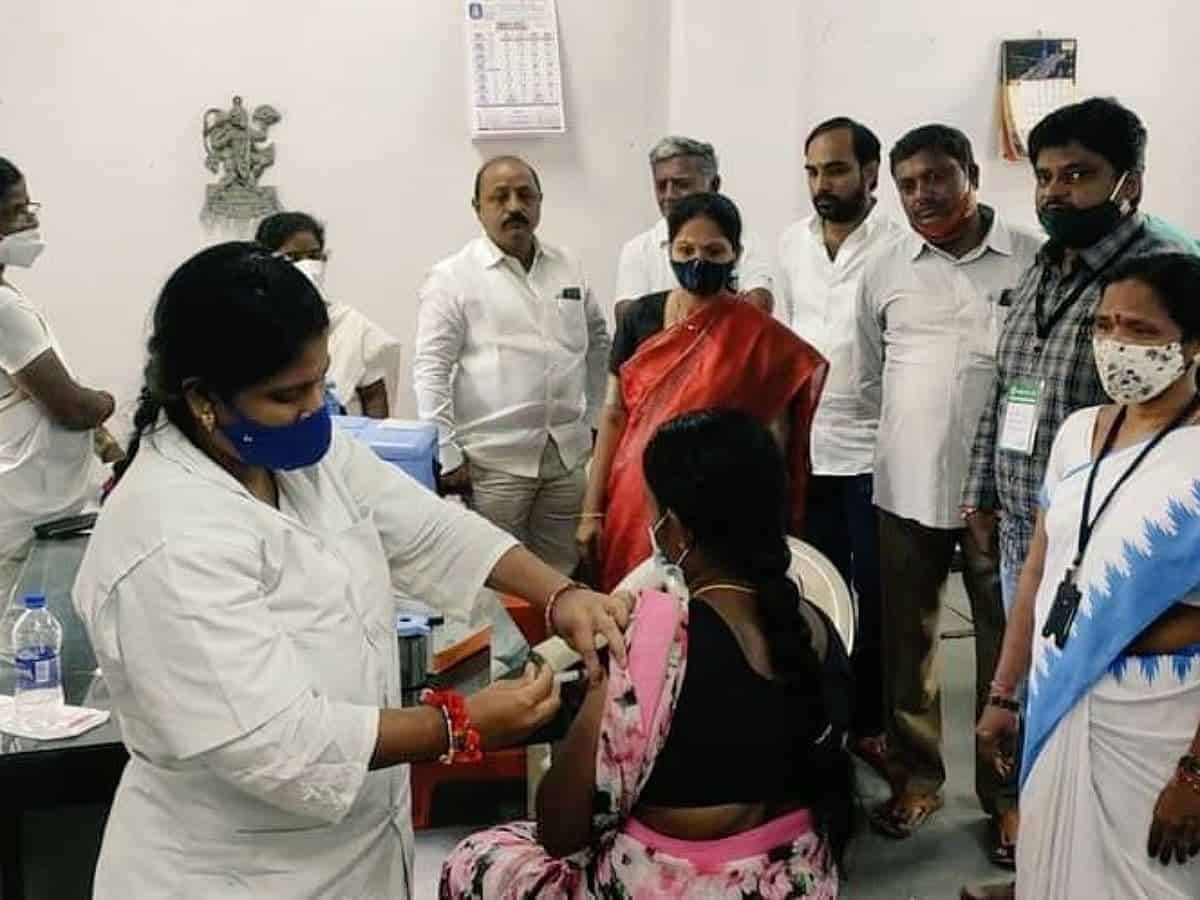 COVID-19: GHMC issues '100% vaccinated' certificates on day 1 of special drive