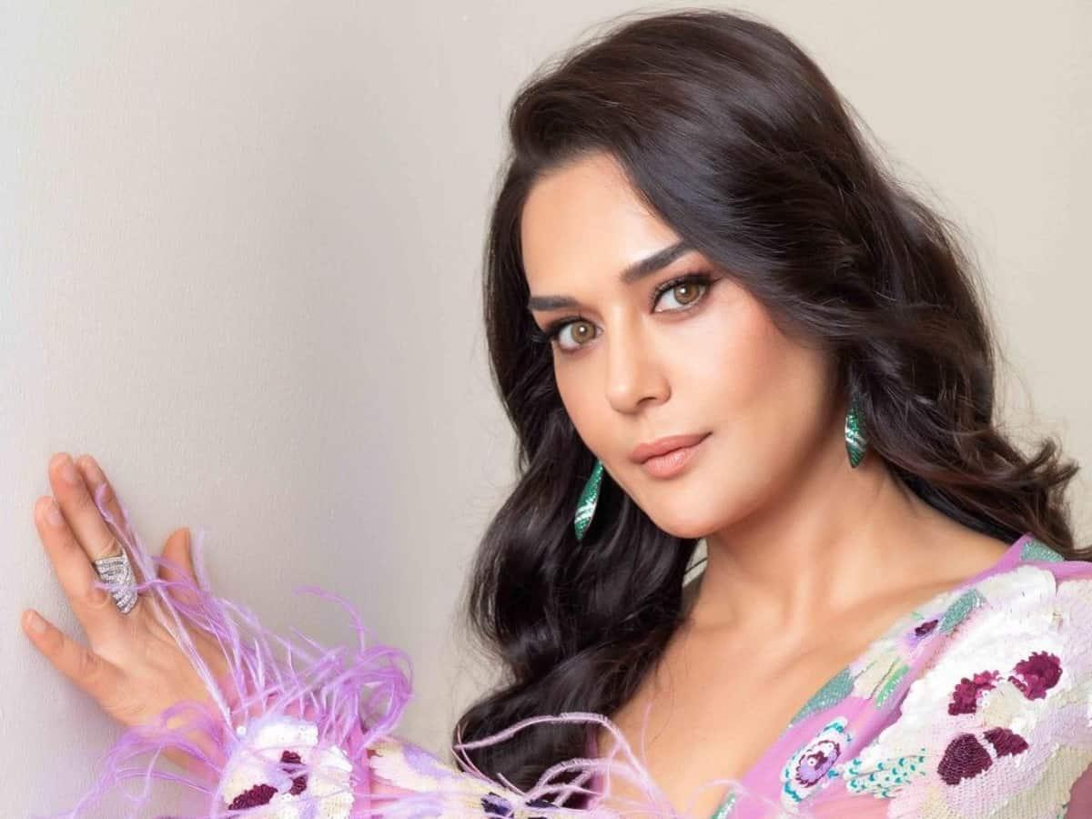 Preity Zinta clocks 23 years in Bollywood