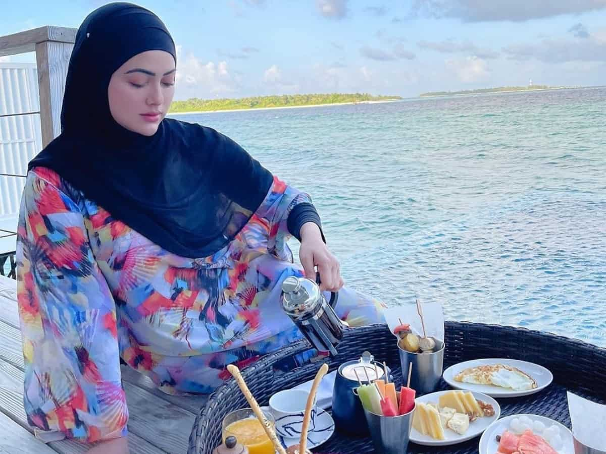 10 photos that will prove Sana Khan is living dream in Maldives