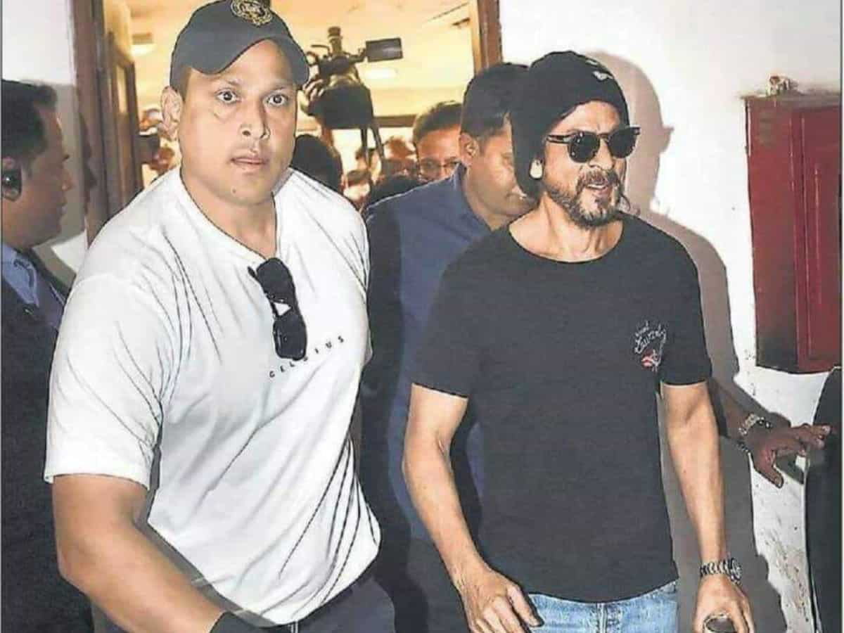 2.7 Crore? SRK's bodyguard Ravi Singh's salary has stunned fans!
