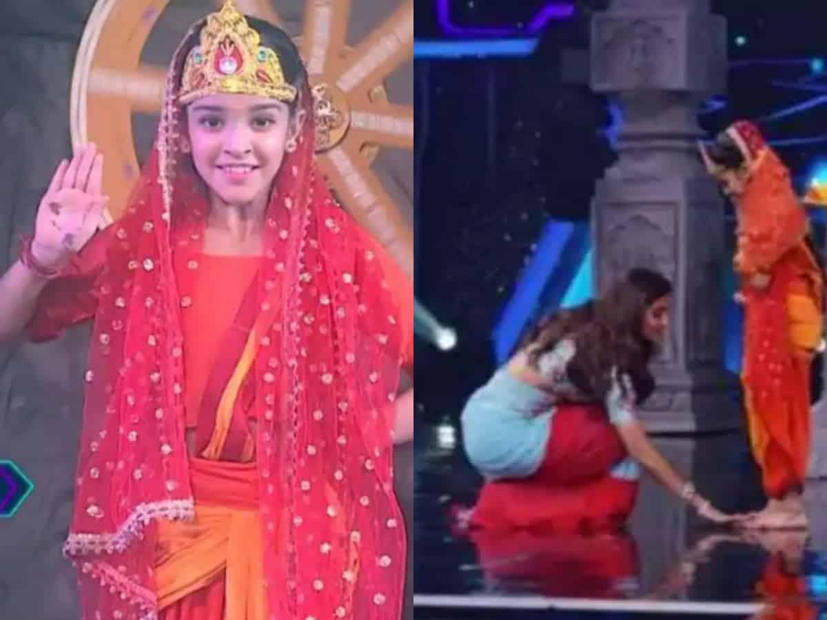 Super Dancer 4: Shilpa Shetty touches Arshiya's feet [Video]