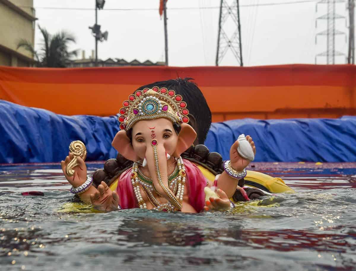 Bhagyanagar Ganesh Utsav Samithi questions HC ban on immersion of PoP idols in Hussain Sagar