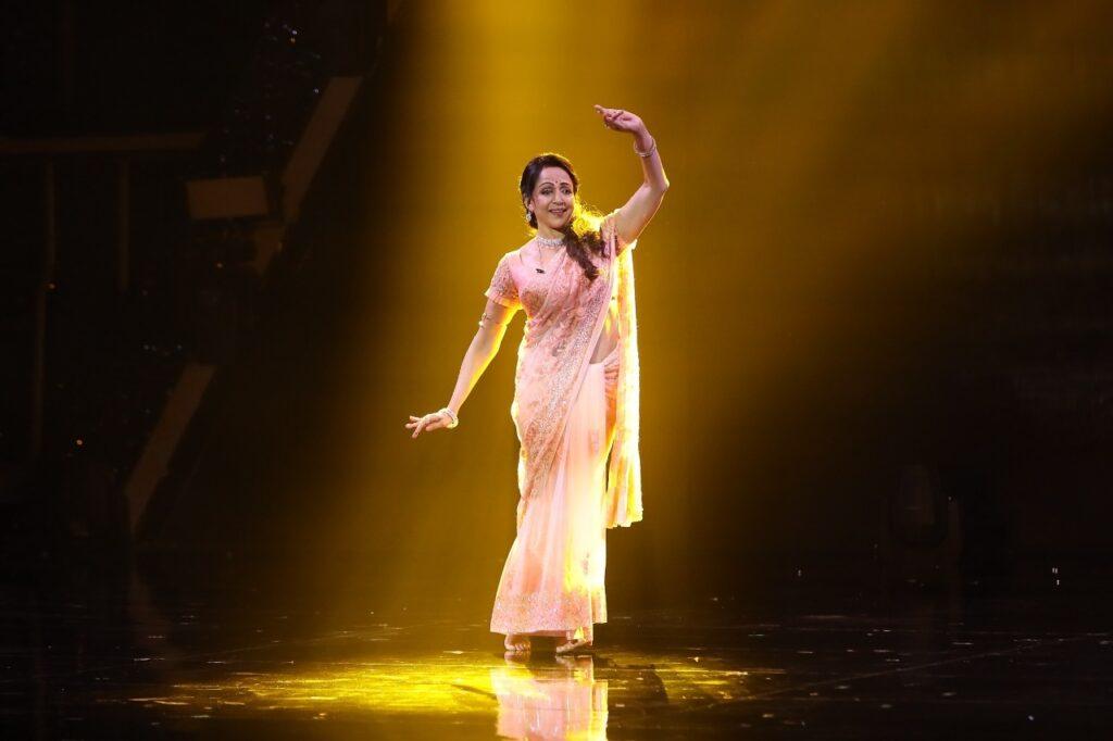 Hema Malini's retro performance leaves 'Super Dancer 4' judges awestruck