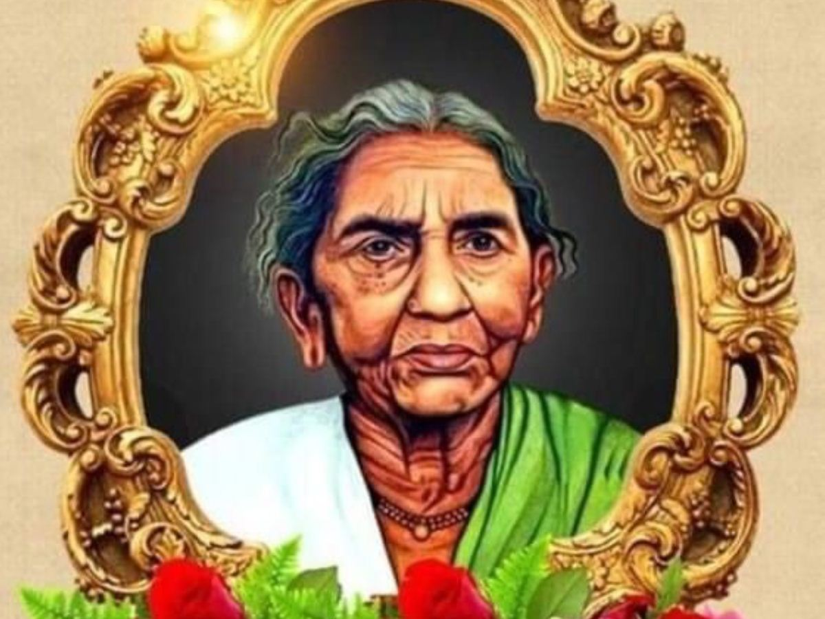 KCR recalls democratic fighting spirit of Telangana Armed Struggle Icon Ailamma