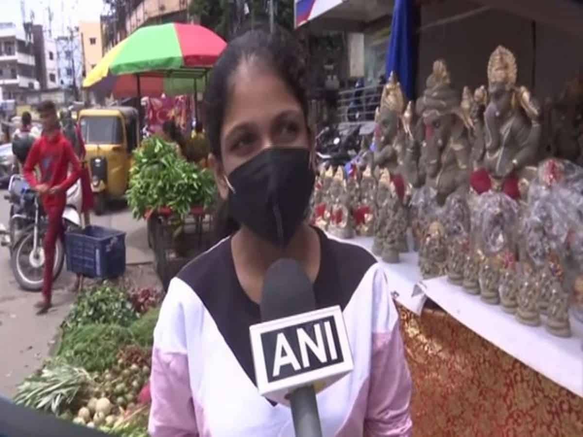 Hyderabad markets witness increased demand for eco-friendly Ganesha idols