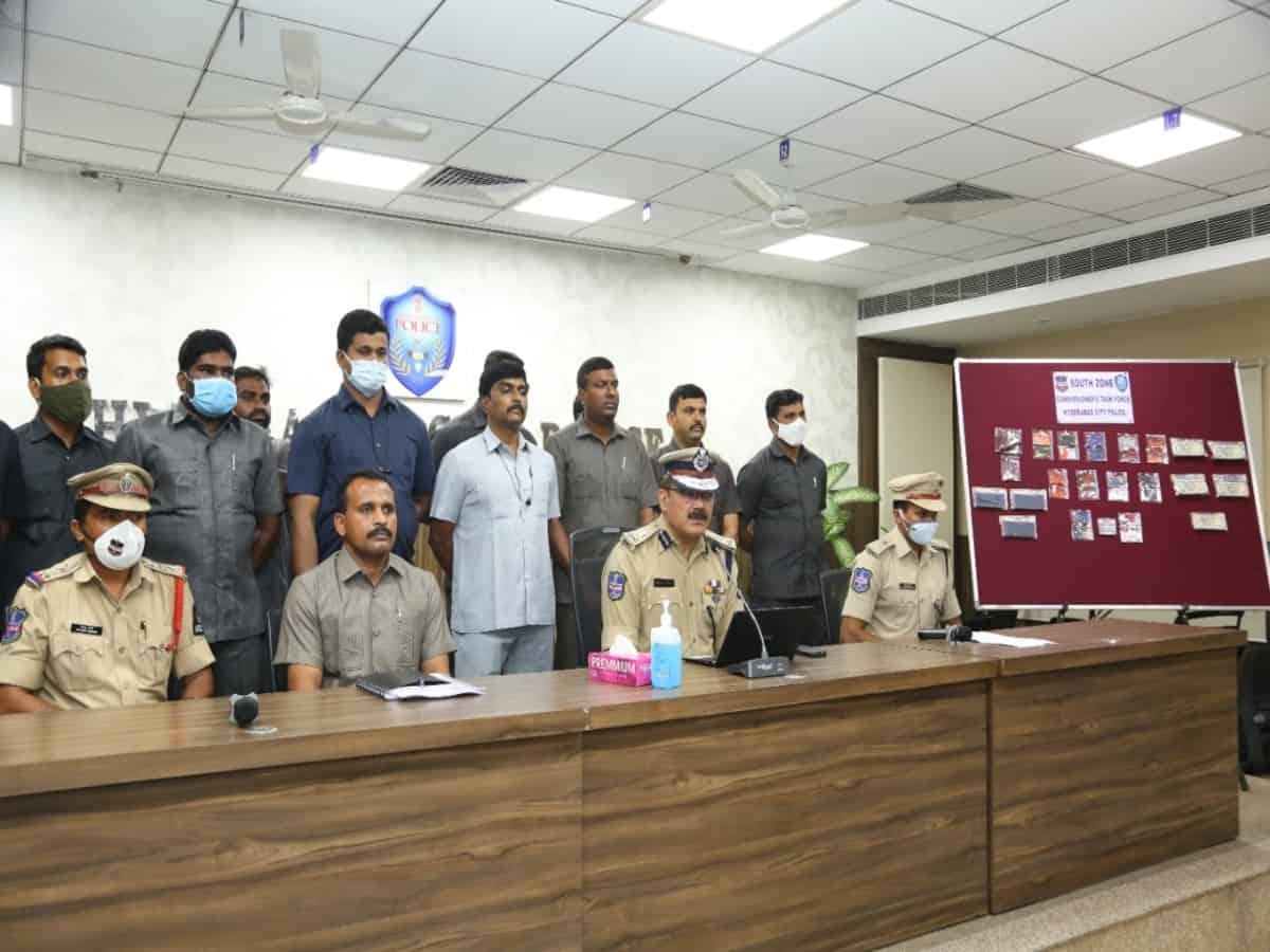 Hyderabad police bust debit card fraudsters 'Mewat Gang'; seize 2.11 lakh