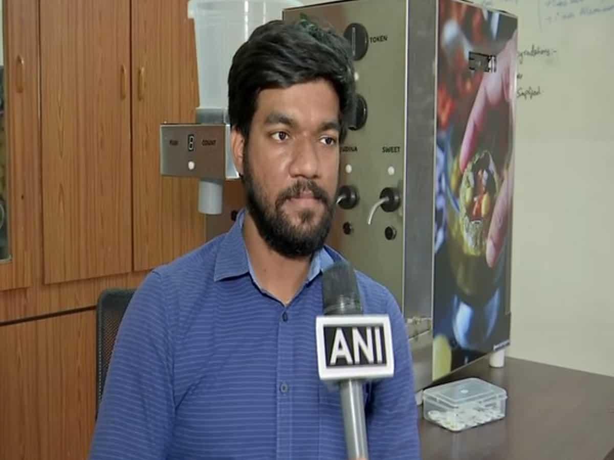 "Hyderabad-based entrepreneur makes contactless 'Panipuri"" serving machine"