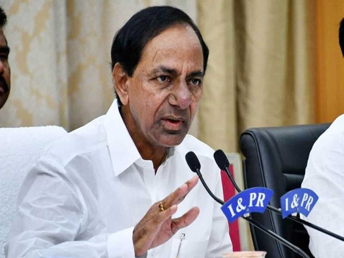 COVID-19: Telangana to vaccinate 3 lakh people daily, says KCR