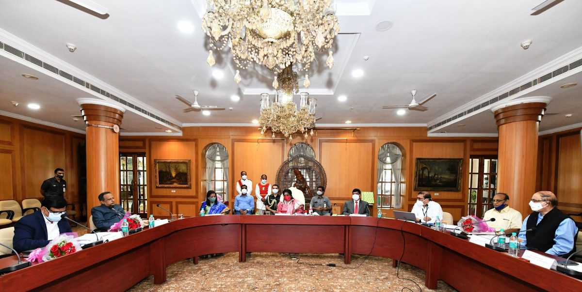 Promote Salar Jung Museum at the global level: Telangana governor