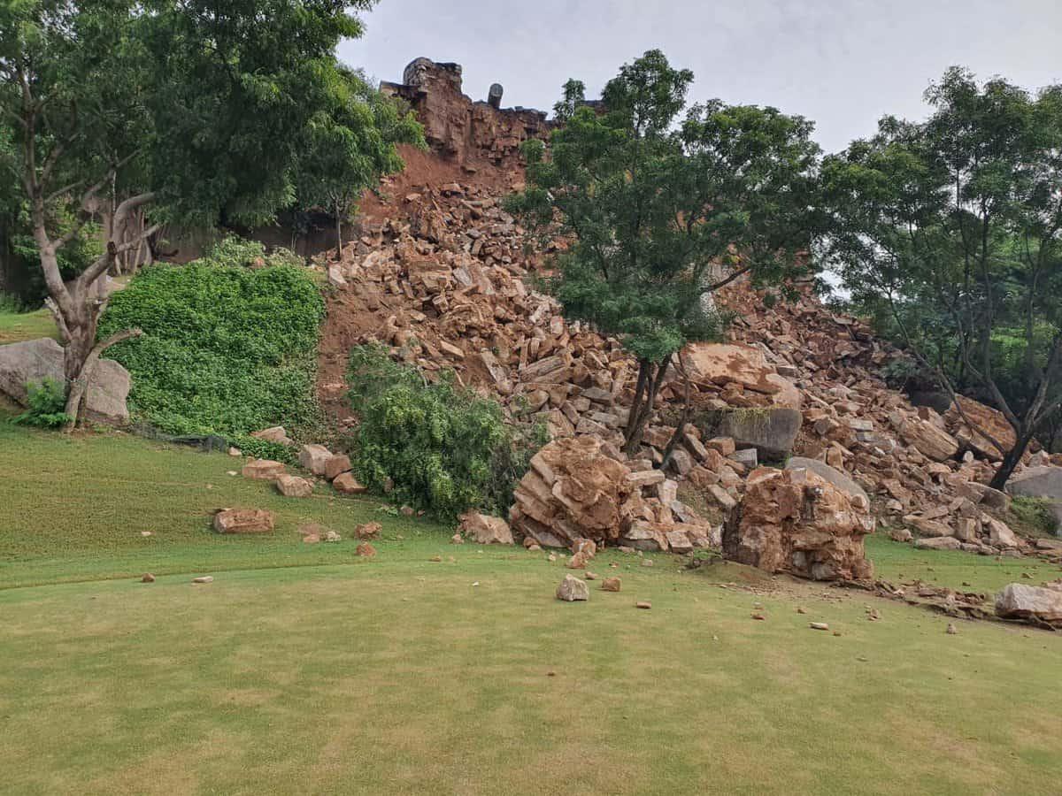 Golconda fort's Majnu bastion at Naya Qila still in disrepair