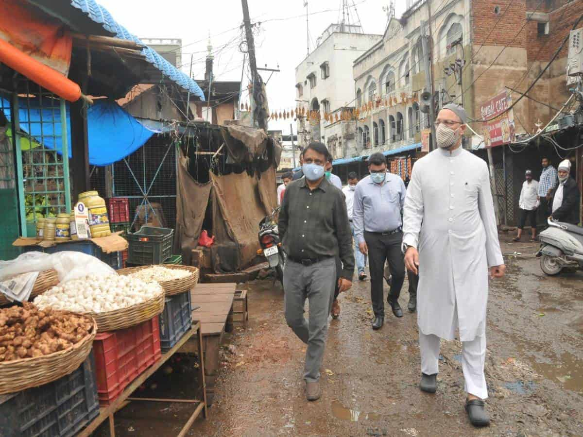 Government to restore Mir Alam Mandi, Owaisi to review project