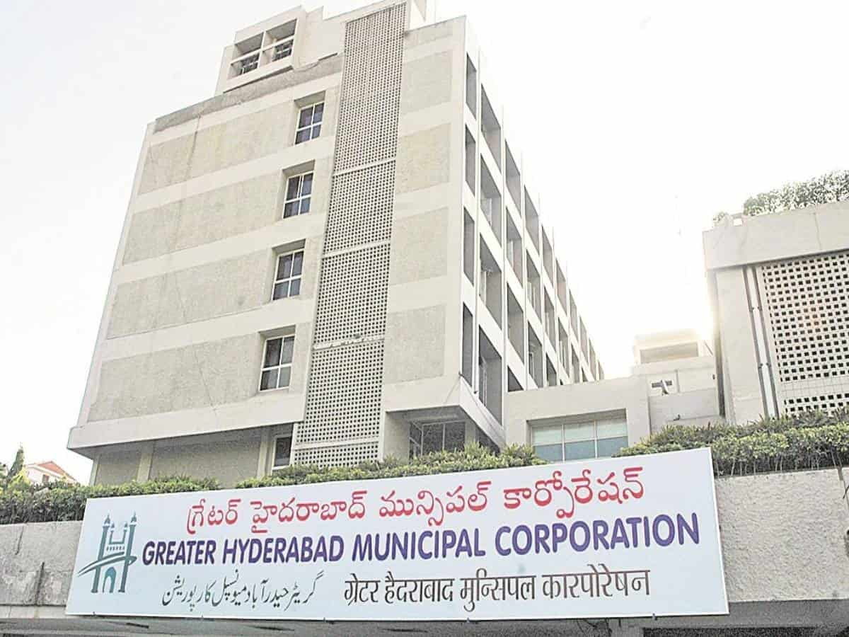 GHMC drive to end illegal occupation of footpaths, nallas