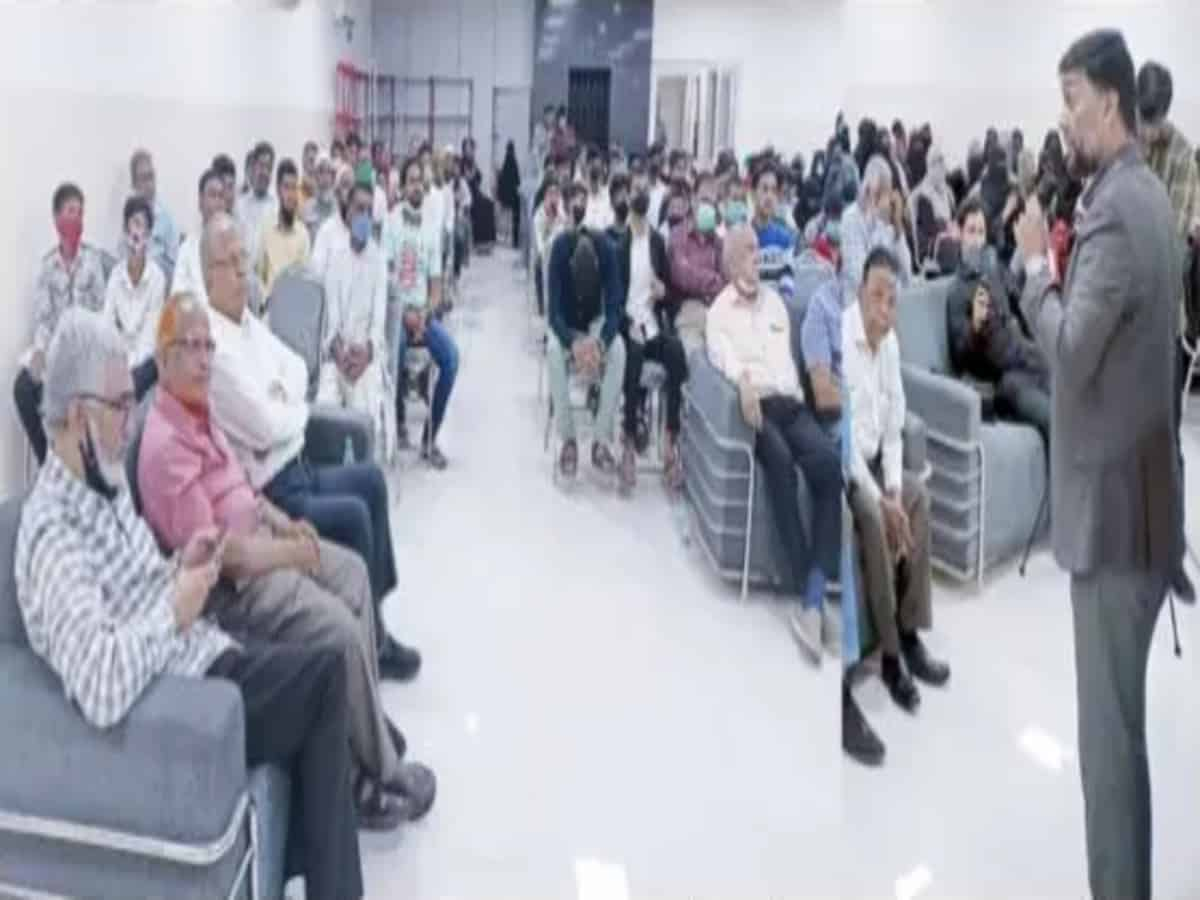 Parents play crucial role in children's progress in life: Barkatulla Khan