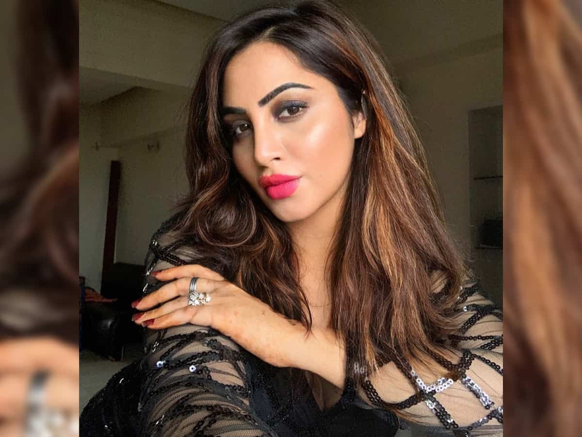 Arshi Khan feels blessed to make her Bollywood debut