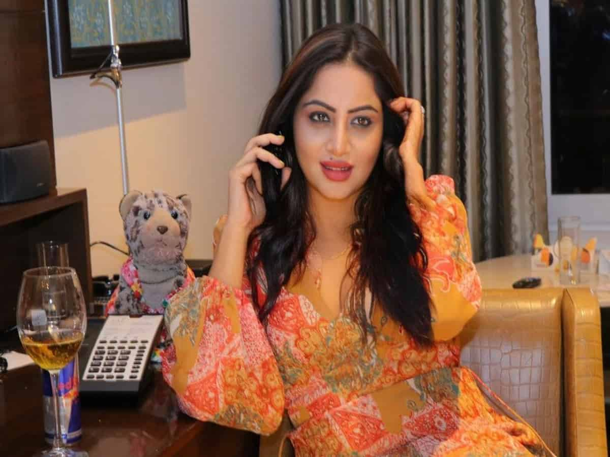 Arshi Khan: Many are behaving like 'wannabes' over Sidharth's death