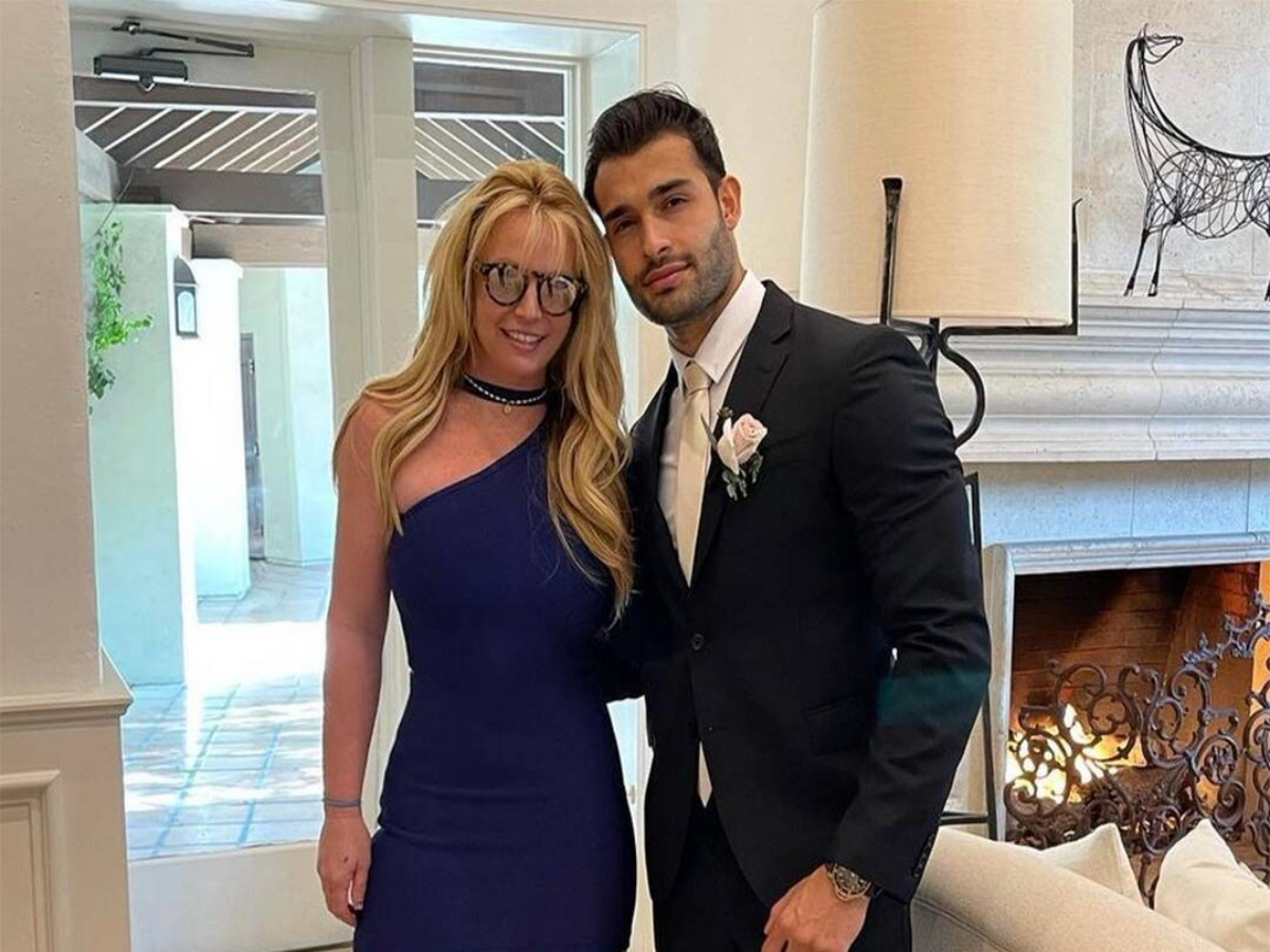 Britney Spears quits Instagram after announcing engagement with Asghari