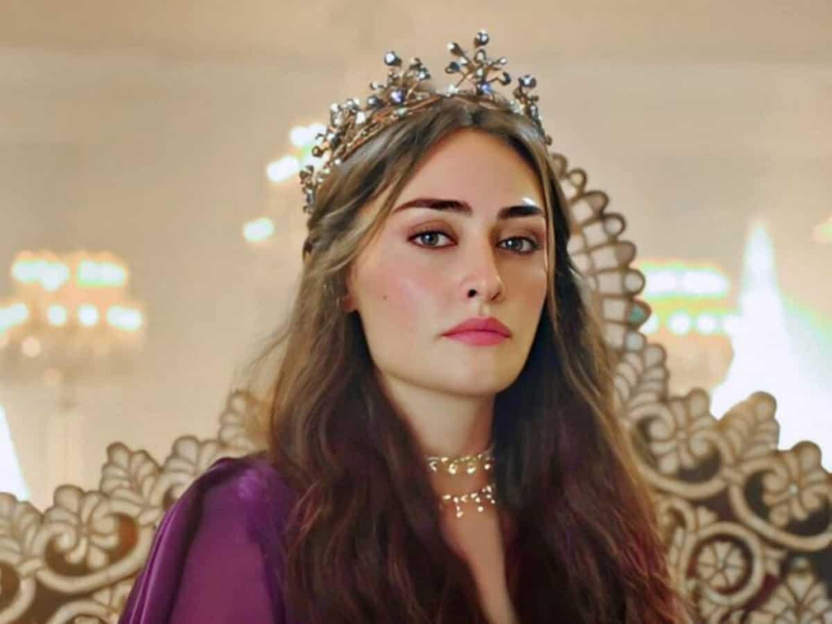 Ertugrul star Esra Bilgic nominated for 'Most Beautiful Woman of 2021'