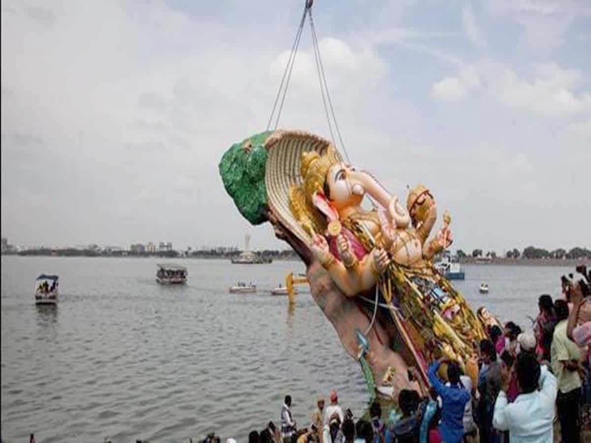 Telangana govt to challenge HC order banning POP idol immersion